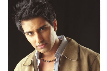 I feel happy when women hate me :   Sanjit Bedi, Actor