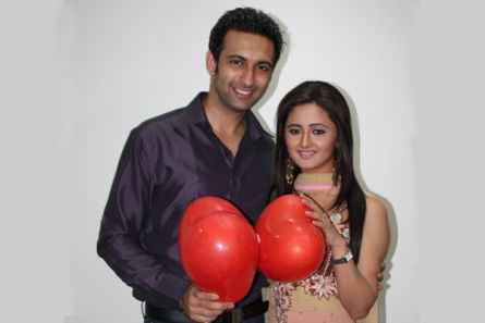 Nandish Sandhu and Rashmi Desai