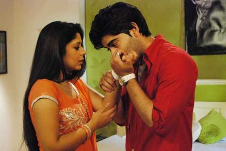 Love is in the air for Viren-Nivedita - Television Forums
