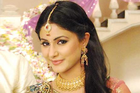 Hina Khan (Akshara)