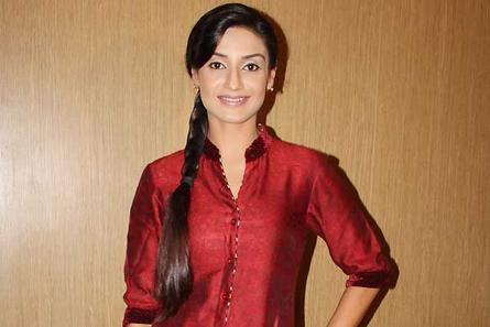 Hitler Didi is not about dhoklas and saas-bahu rona dhonas :    Rati Pandey, Television Actress