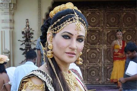 Rakshanda Khan (Madinike)