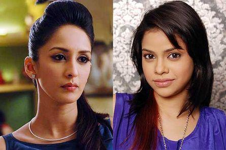 Chahat Khanna (Ayesha) and Sumona Chakravarti (Natasha)