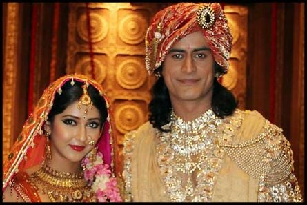 As the show is being well-received by the masses, Life OK's Devon Ke