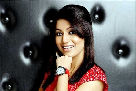 Debina Bonnerjee 'eagerly looks forward' to participating in Shriman V