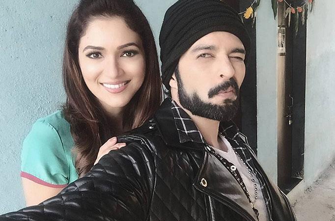 Anthony and Rajnis physical combat in Life OKs Bahu Humari Rajni_Kant - TV Shows