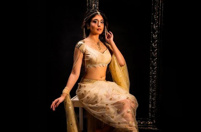 My role in Chandrakanta is neither spineless nor a bechari: Kritika Kamra - TV Shows