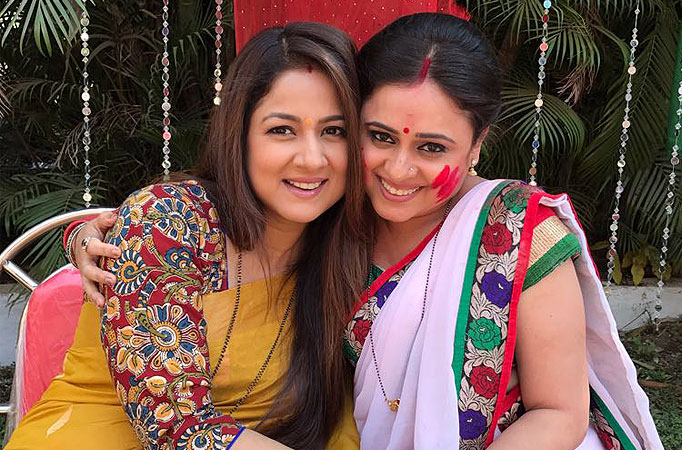 Keerti Simar Kelkar and Shweta Gautam re-live Sindoor days on the sets of Sasural Simar Ka - TV Shows