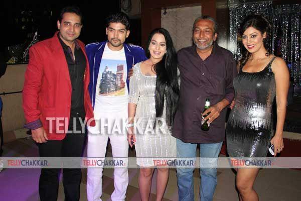 Drashti Dhami And Gurmeet Choudhary In Relationship Gurmeet choudhary    Gurmeet Choudhary And Drashti Dhami Latest News 2013