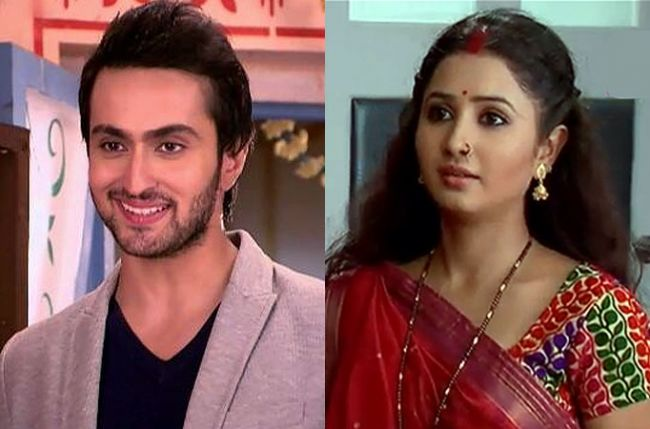 Nikhil to gift Laajo a cell phone in Life OK's Gustakh Dil Gustakh-dil