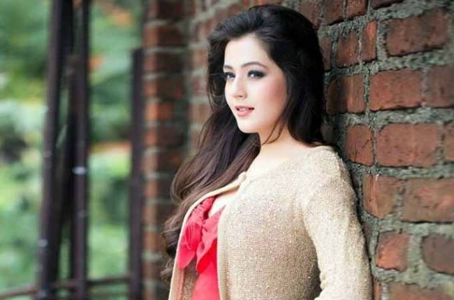 I don't find Mumbai to be a happening shopping destination: Priyal Gor