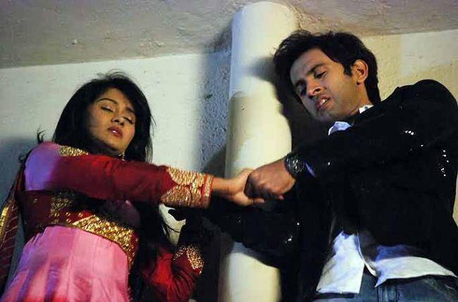 kaanchi singh and mishkat varma dating