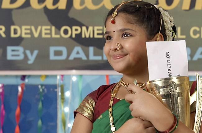 Zee TV's Bandhan – Saari Umar Humein Sang Rehna Hain (Swastik