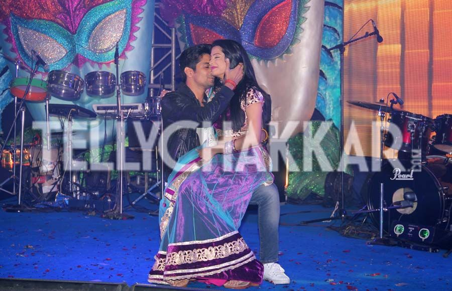 vishal singh and rucha hasabnis dating website