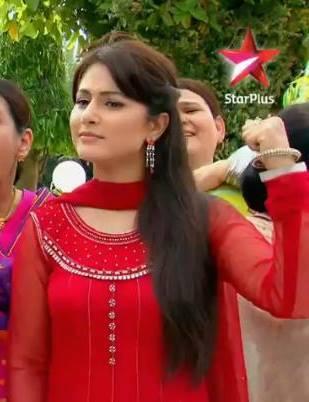 How Many Likes For Hina Khan