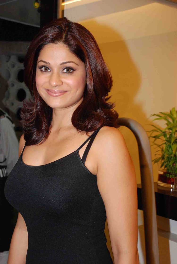 Shamita shetty naked