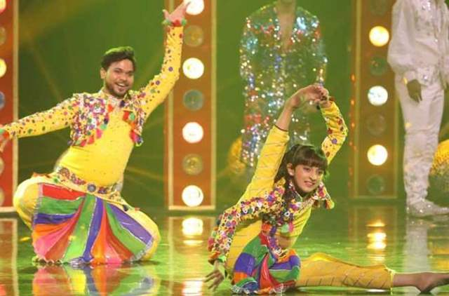 Super Dancer 3: The Tallest Girl From The Lot Gets Eliminated!