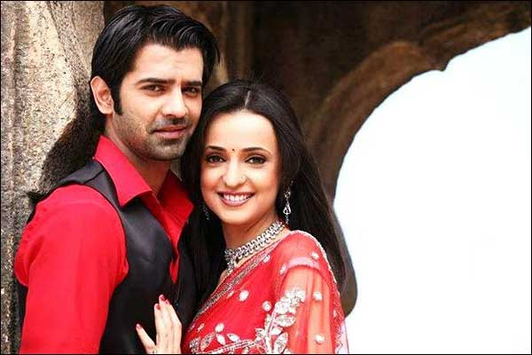 how did arnav and khushi meet the press