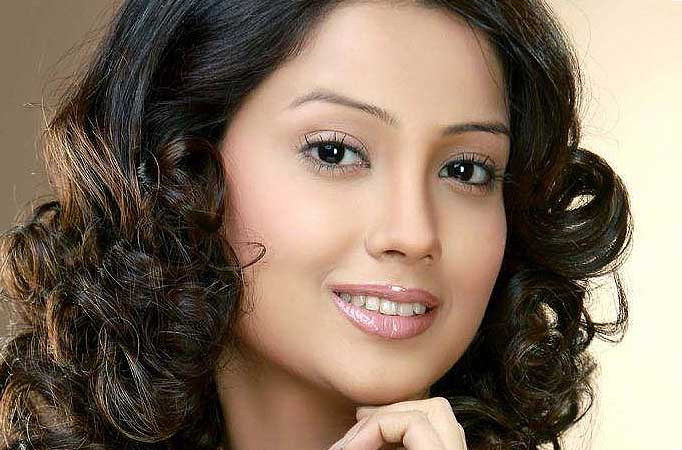 Gorgeous Adaa Khan Joins Jatin Shah And Lavin Gothi For