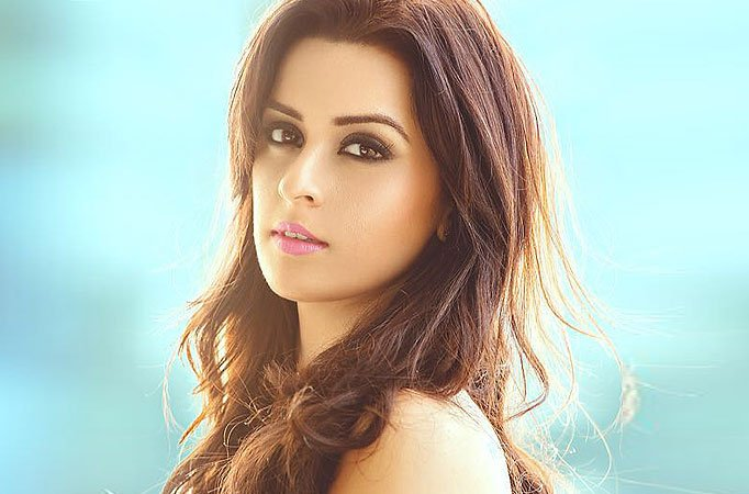 If I was unprofessional, I would have been replaced by now :     Ekta Kaul, TV actress