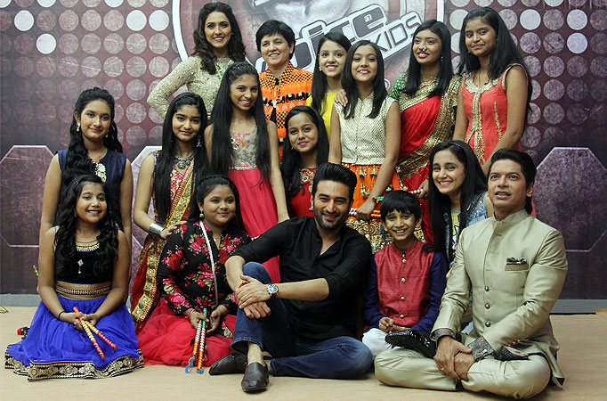 'Garba Queen' Falguni Pathak extends invitation to The Voice India Kids