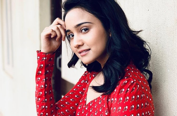 Ashi Singh attends another wedding amidst her own