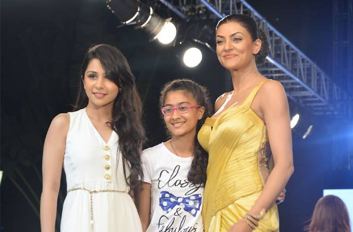 Stars Dazzle On Ramp For Champs