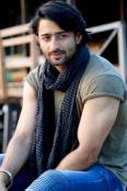 Shaheer Sheikh played a lead role in a romantic comedy film Turis Romantis
