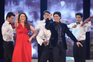 Shah Rukh Khan grooved with the eternally young and beautiful Madhuri Dixit