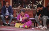 Akshay Kumar and Vipul Shah on the sets of Comedy Nights with Kapil