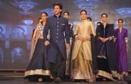 Trailer launch of SRK