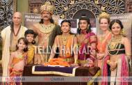 On the sets of Chakravartin Ashoka Samrat