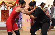 Badho Bahu fights it out with Babita Phogat in the ring!