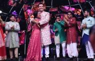 In pics: Neha Kakkar and Aditya Narayan's shaadi special in Indian Idol