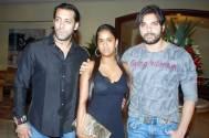 Salman Khan and Sohail Khan with Arpita