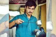 Pakistani 'chai wala' turns model