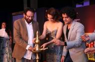 Shekhar Kapur, Kangana Ranaut and Mayank Shekhar lighting the lamp