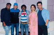 Sharman Joshi and director Aaryaan Saxena thank the villagers of Ranchi