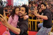 Sunny Singh's candid moment with a fan is the cutest thing ever!
