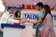 Karan and Abha meeting Tusshar and Amrita.