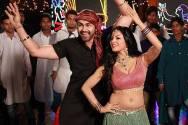 Veena Malik with Arya Babbar