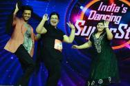 Riteish Deshmukh shakes a leg with contestants on India