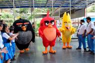 Angry birds on the sets of Baal Veer