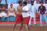 Dangal between Hanuman Singh and Dolfy D