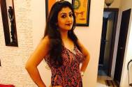 Juhi Parmar receives a birthday surprise from her 'Shani' co-stars