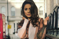 Hina Khan holds THIS close to her heart