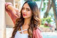 Kasautii actress Pooja Banerjee takes us on a tour of her make-up room
