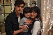 Yeh Rishta Kya Kehlata Hai's Mohsin Khan-Shivangi Joshi pose with this little co-star for a happy photo