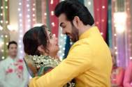 Rohit and Sonakshi's STEAMY ROMANCE in Kahaan Hum Kahaan Tum!