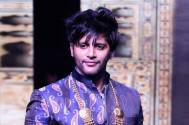 Karanvir Bohra finds the best way to deal with traffic and we can totally agree
